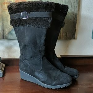 American Eagle Fur Lined Wedge Boots